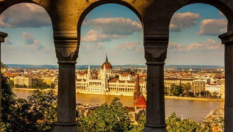 BUDAPEST-uitzicht de reisbeleving
