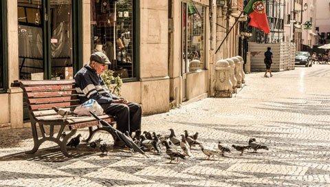 stedentrip LISSABON oud mannetje