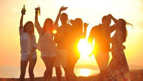 incentive Ibiza mensen op het strand